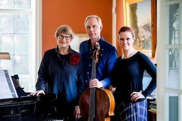 Gabriella Pace, Kim Bak Dinitzen & Elisabeth Westenholz - BirKam